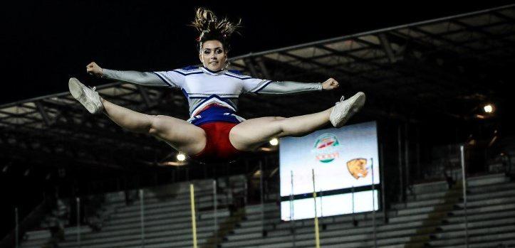 Cheerleader Giants